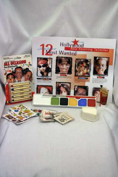 Super Deluxe Hollywood Face Paint Kit