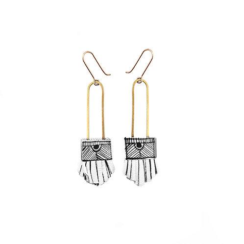 regalo shortie earrings in white