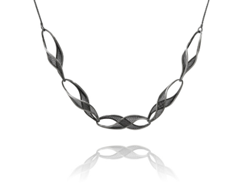 5 twist necklace