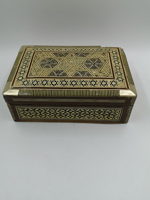 Mother of Pearl box (chipped)