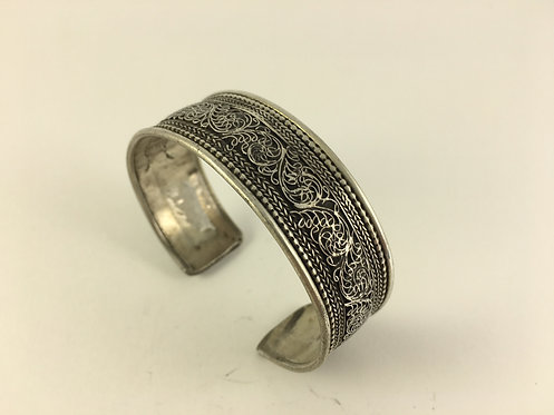 Indian White Metal Bracelet