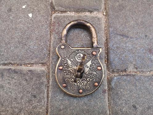 Ottoman padlock