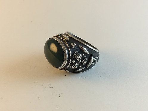 Ottoman Harem Style Green Agate Silver Ring