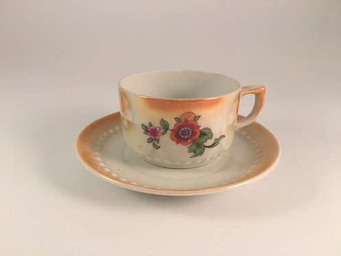 Art Deco coffee cup