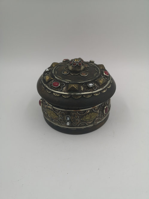 Afghan wedding box with silver and agate