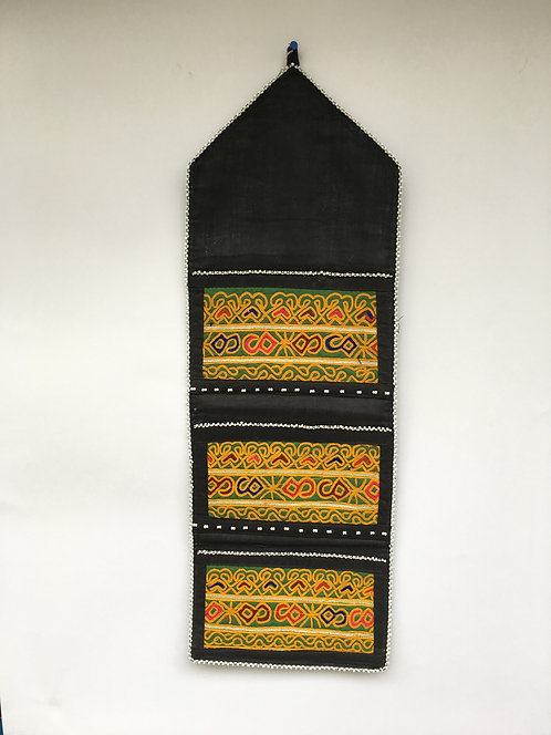 Belouch Embroidered 3 Pocket Wall Hanging
