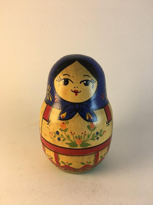 Russian Matryoshka Doll with 4 Dolls