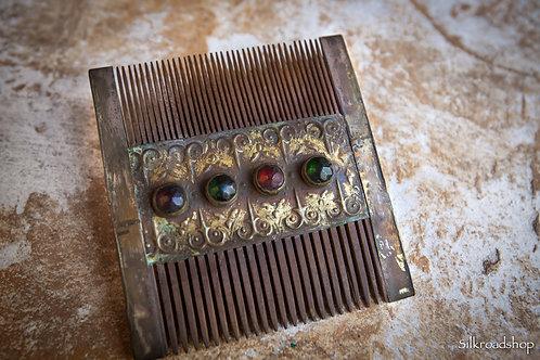 Turcoman Old comb