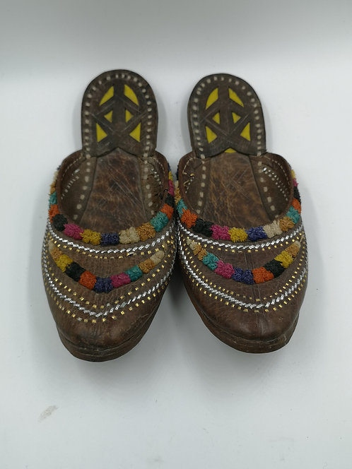 Indian leather wedding slippers