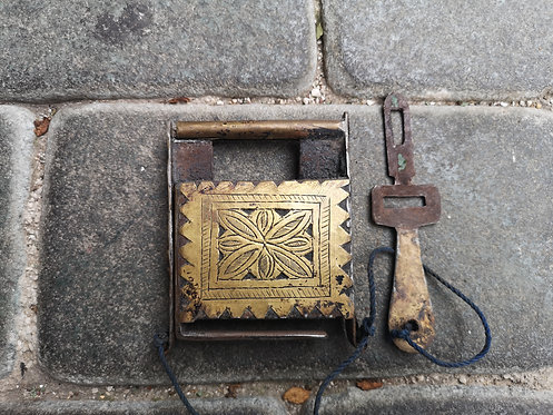 Moroccan antique system padlock