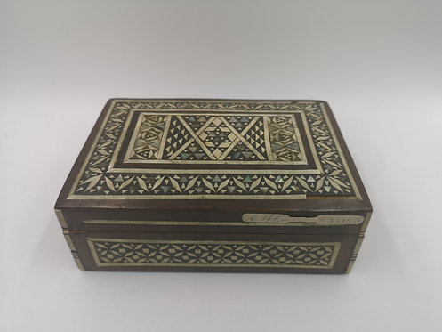 Mother of Pearl ottoman marquetry box
