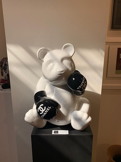 Pand'ours Chanel By c. Comero