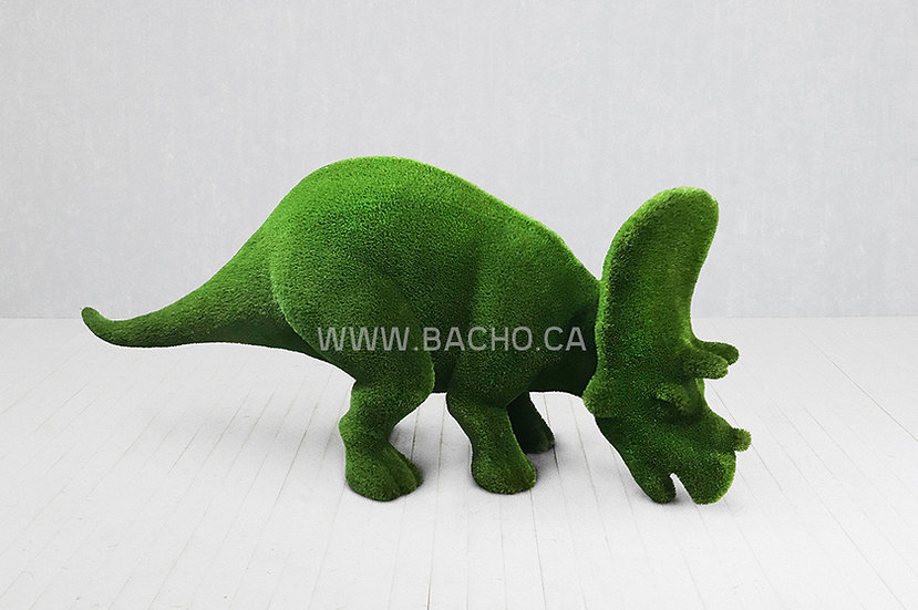 Triceratops Small - 1.7 x 4.1 x 1.25 m