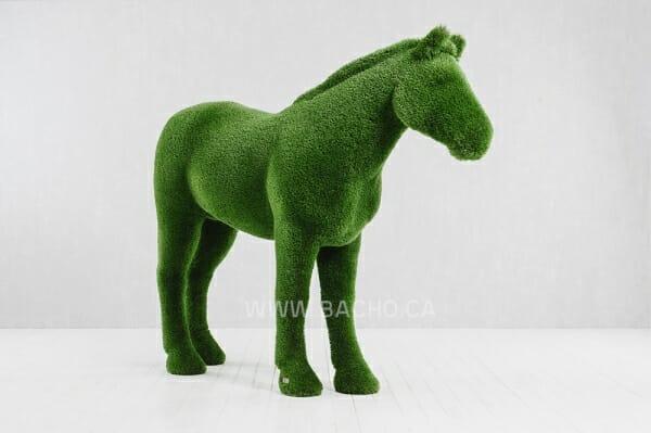 Horse - 1.95 x 2.55 x 0.75