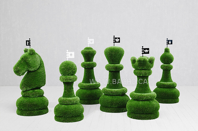 Set of 32 Chess Figures