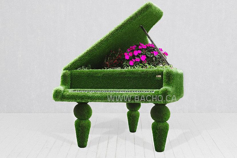 Grand Piano - 1.80 x 2.10 x 1.55 m