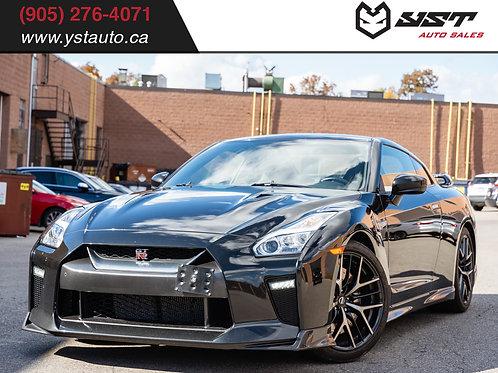 2017 Nissan GT-R Premium | Clean Carfax| Low KM | 565HP| 35900KM