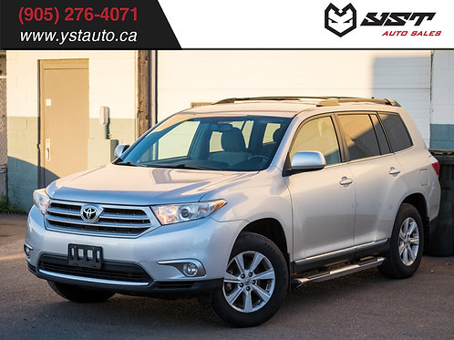2012 Toyota Highlander AWD | 7 seats | No accident | 1 Owner |