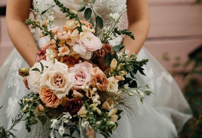 Photographer: Northern Wildflower Florals: Kenilworth Florals