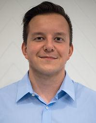 Marek Adamiec lekarz dentysta endodonta leczenie kanałowe