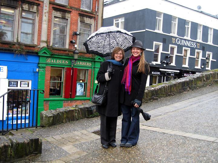 Derry_WalkingCityWalls2.JPG