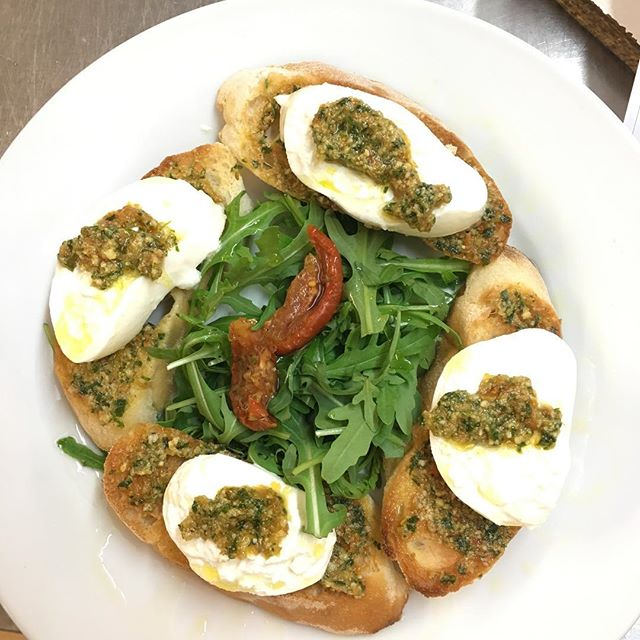 Quick lunch  bite #burrata from #puglia