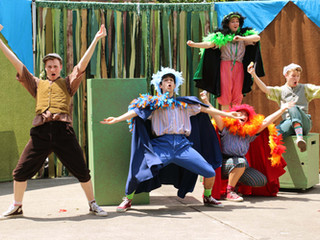 Christopher directs & choreographs 'A Year With Frog and Toad TYA' at Mill Mountain Thea