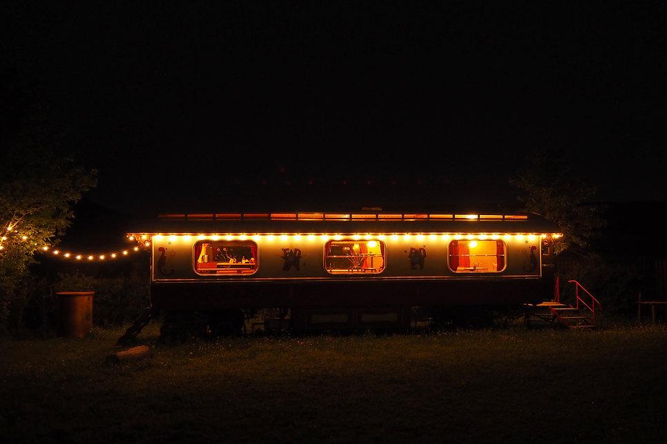 Wagen bei Nacht 19.jpg