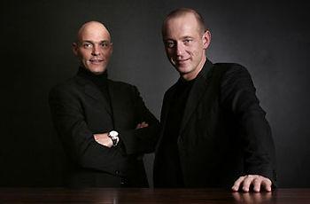 Photo von David Alvarez und Aurelio Alvarez