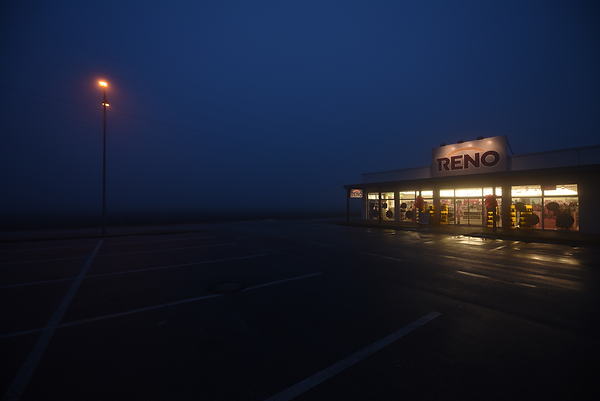 This photograph was taken by Pascal Ungerer and is part of the Edge of Town series of photographs. This art project documents the unusual aesthetic of peripheral urban settlement.