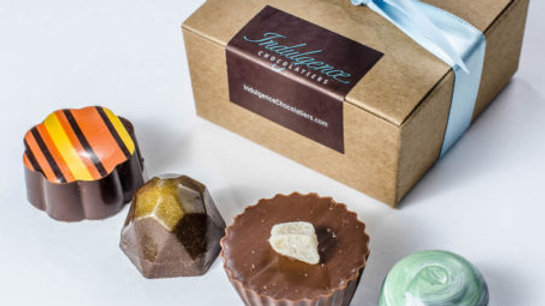 Box of 4 Assorted Truffles - Chocolatier's Collection