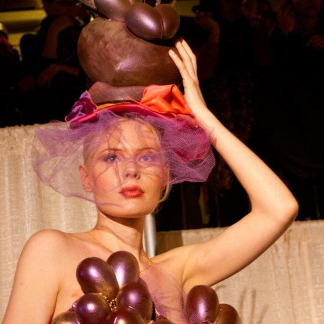 """Défilé de mode """"Je t'aime en chocolat"""" 2012"""