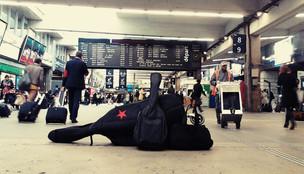 Gare Montparnasse avant de partir pour Bordeaux, le 8 octobre 2015