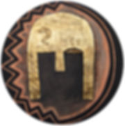 ioana luca, ölbild auf holz, helm, gold, daker, kriegssymbol