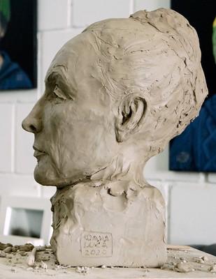 Porträtbüste Georgia O'Keeffe, Tonplastik, Ioana Luca, Bildhauerin Düsseldorf