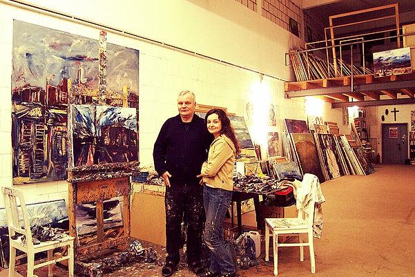Maler Detlev Foth und Ioana Luca im Atelier