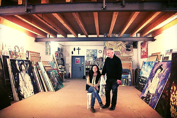 Künstler Detlev Foth und Ioana Luca im Atelier