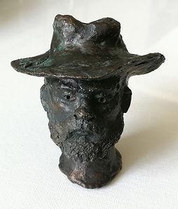 Kleine Plastik, Mann mit Hut, 2001