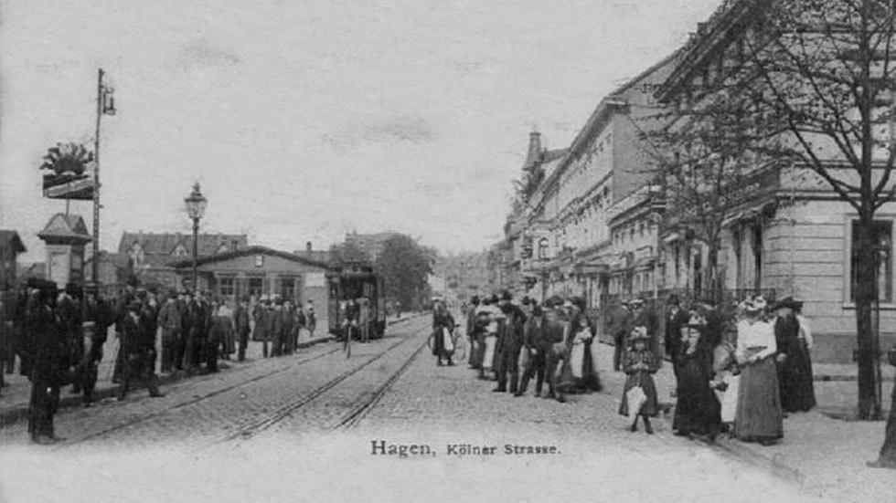 Kölnerstrasse vor dem Bahnhof vor 1900