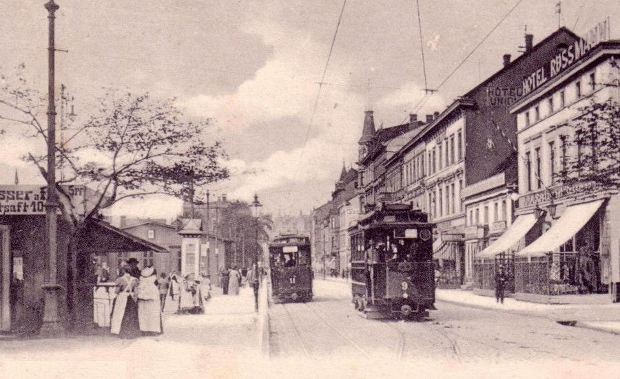 Kölnerstrasse vor dem Bahnhof um 1900