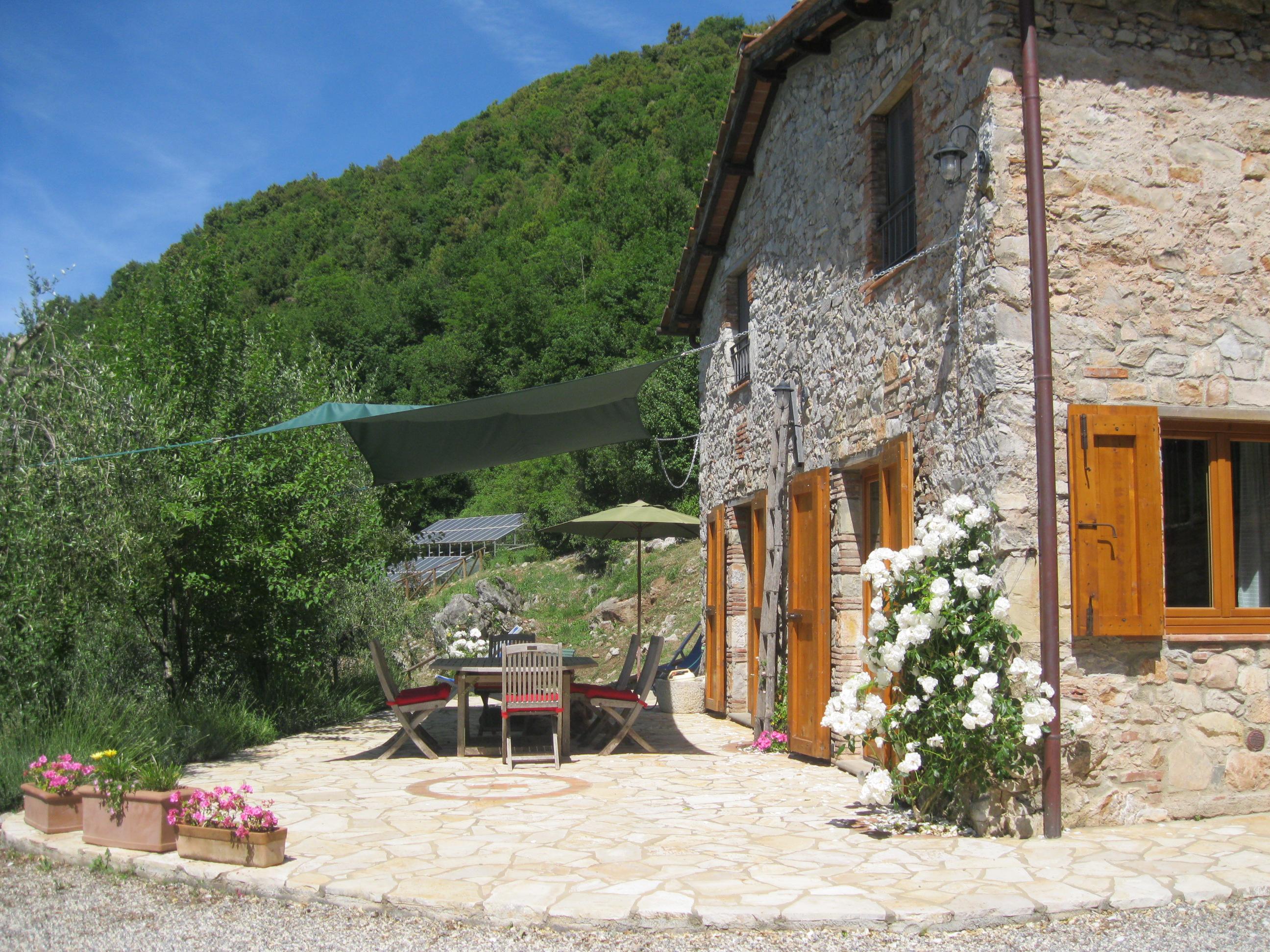 La Casa_front south terrace