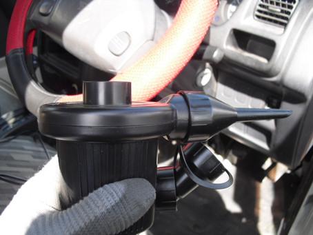サンワサプライの電動エアダスターを車内清掃に使ってみました。