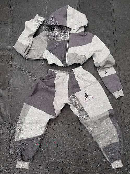 Grey jordan