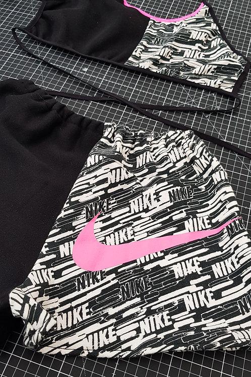 Nike mix match pink