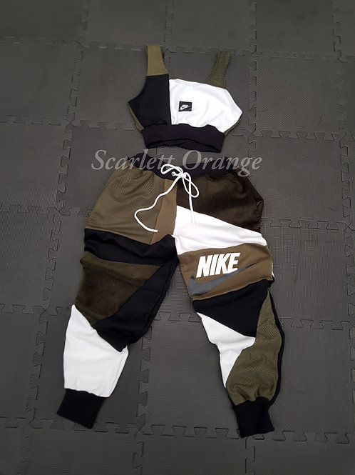Reworked Khaki Nike 2 SIZE: UK 8-10 / US 4-6 / EU 38 - 38