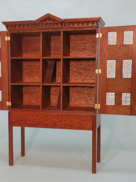 Georgian Dolls House Cabinet (3 Day)