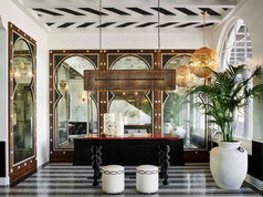 Hotel Californian_Martyn Lawrence Bullar