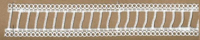 DXR388 - Entremeio 4,5 cm 100% poliéster