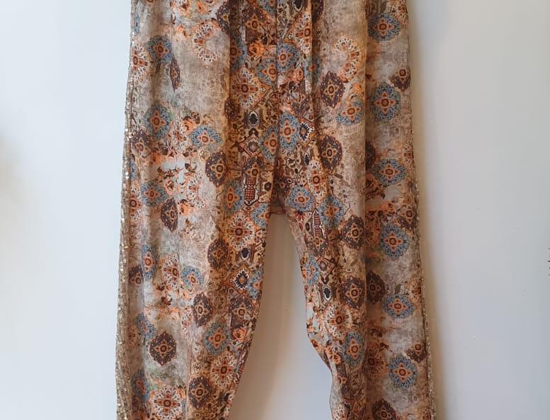 Pantalon fluide à motifs