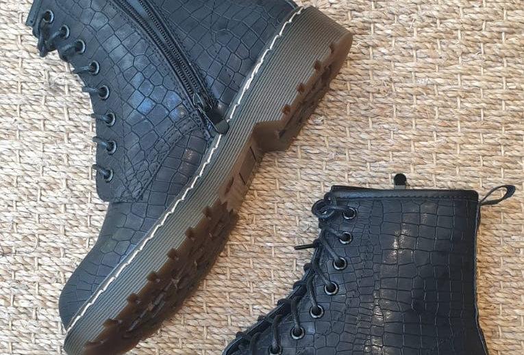 Boots effet croco
